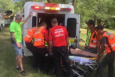 Vernon Search and Rescue assist a BC Ambulance Team team